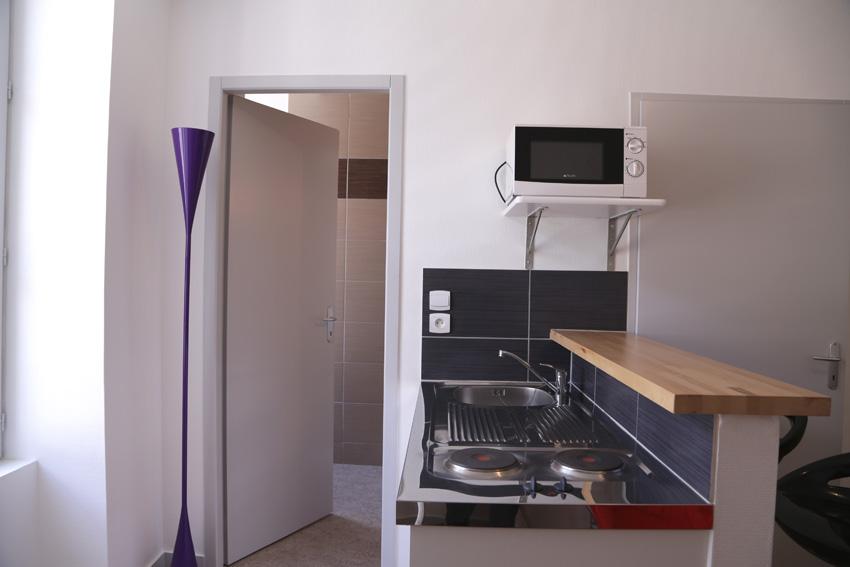 location appartement meubl ref apt 05 01 studio 5 rue du chaudron d or 86000 poitiers. Black Bedroom Furniture Sets. Home Design Ideas