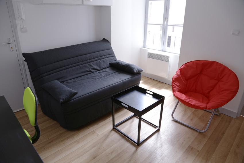 location appartement meubl ref apt 05 09 studio 5 rue du chaudron d or 86000 poitiers. Black Bedroom Furniture Sets. Home Design Ideas