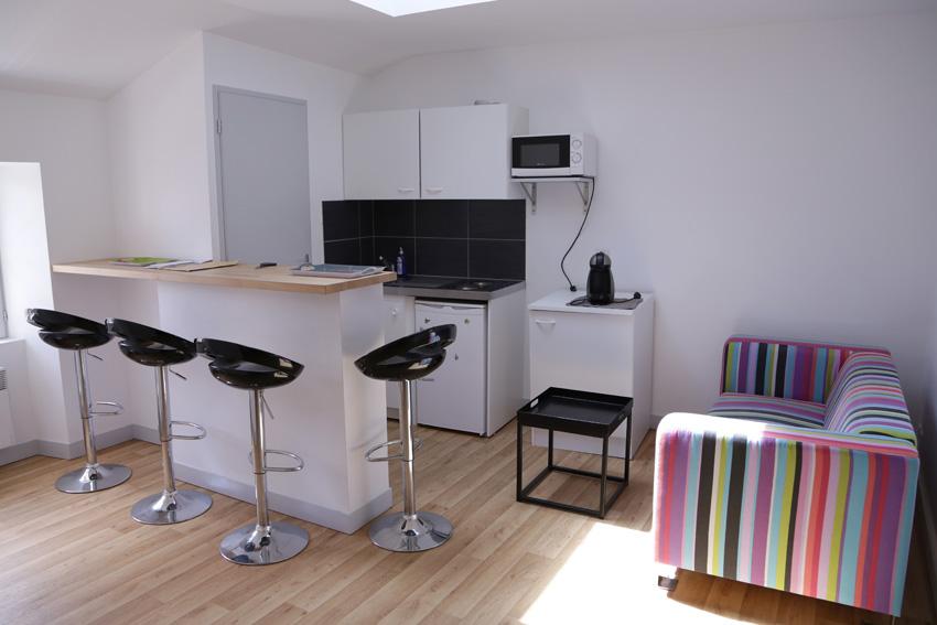 location appartement meubl ref apt 05 10 t3 5 rue du chaudron d or 86000 poitiers. Black Bedroom Furniture Sets. Home Design Ideas